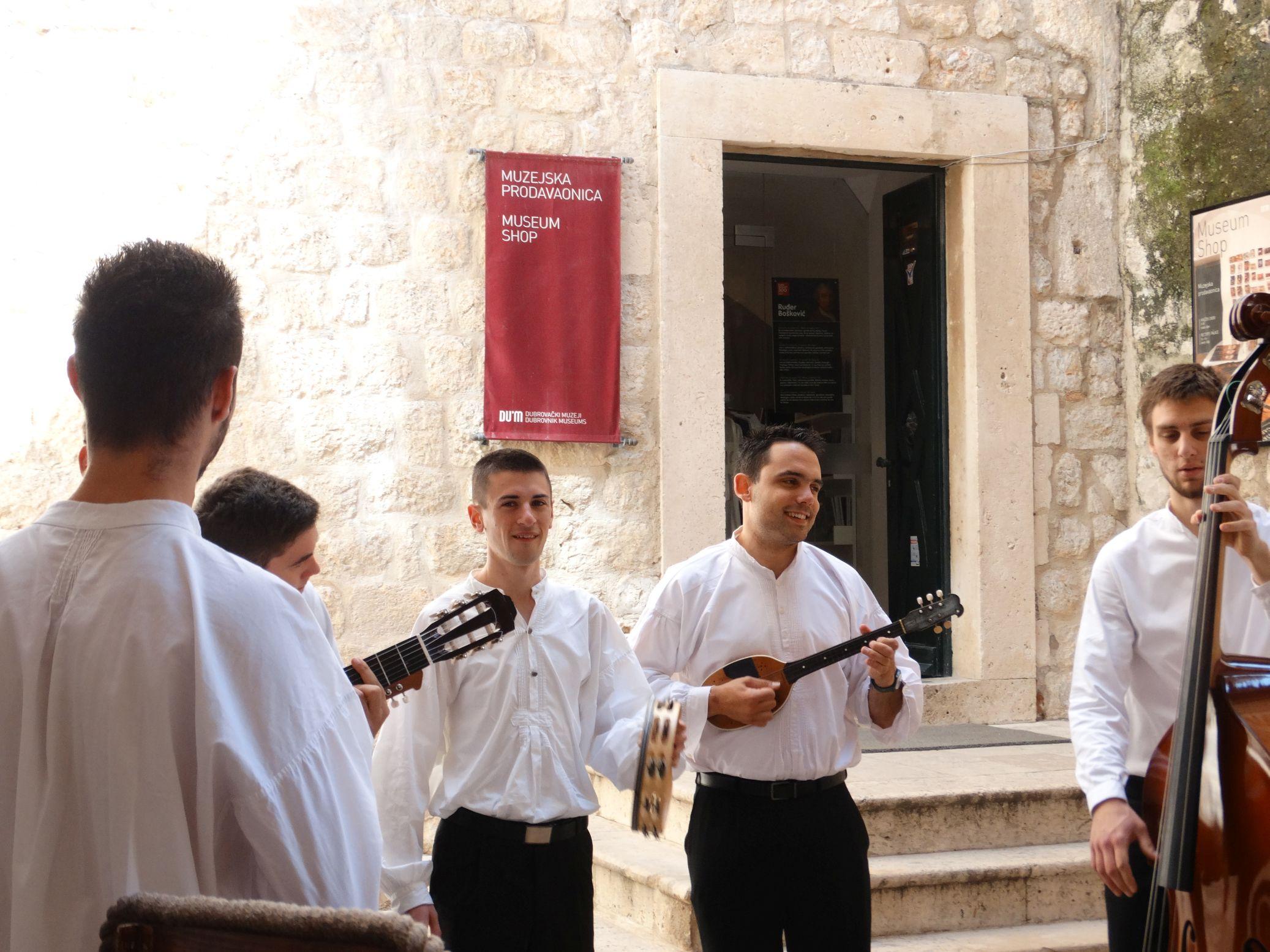 054 Dubrovnik