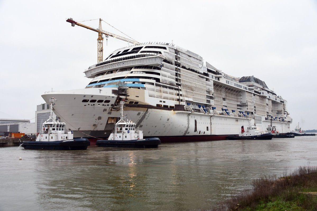 MSC Grandiosa raakt voor de eerste keer water | Cruisereiziger