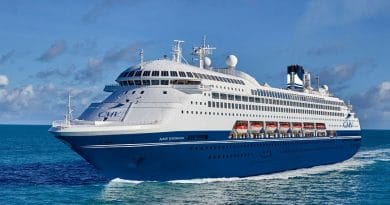 Meer details over vlootparade Cruise & Maritime Voyages in Rotterdam